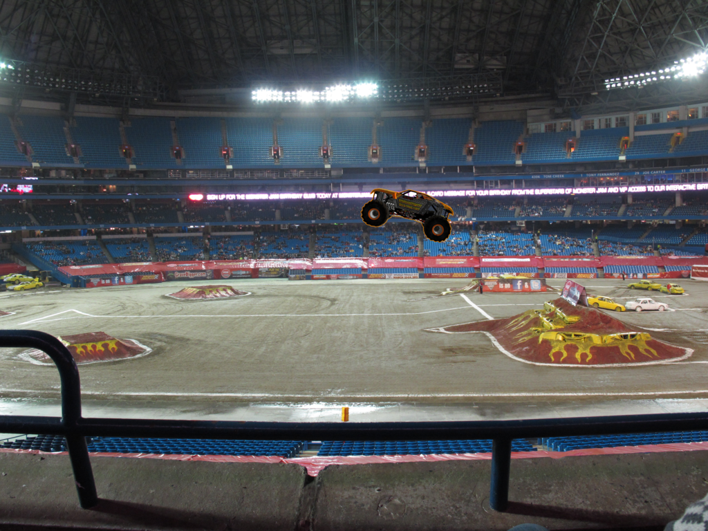 Max-D-Jump-Toronto-2012.png
